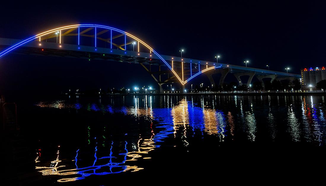 Time to Rise Hoan Bridge